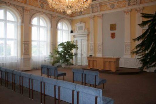 obřadní místnost - pohled ode dveří